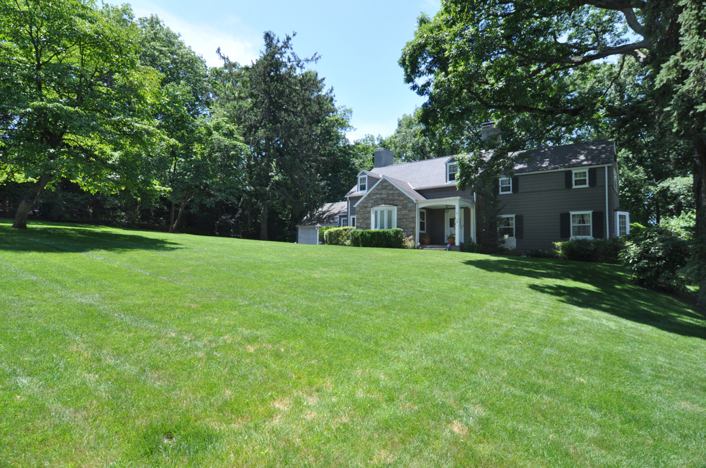 79 Wrexham Road, Bronxville, New York 10708