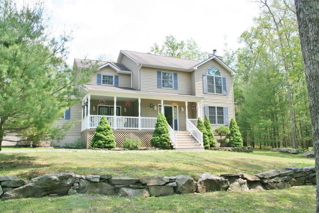 102 Ripplewood Drive, Tafton, Pennsylvania 18464
