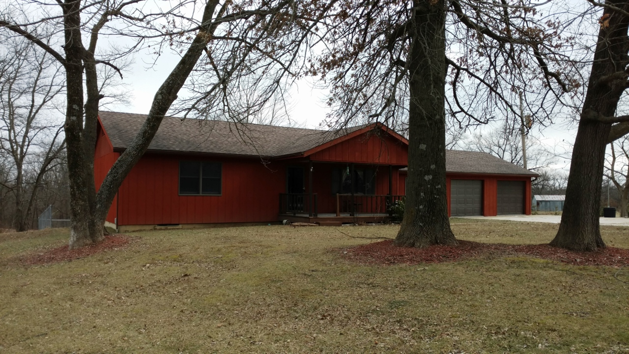 1040 County Road 127, Higbee, Missouri 65257