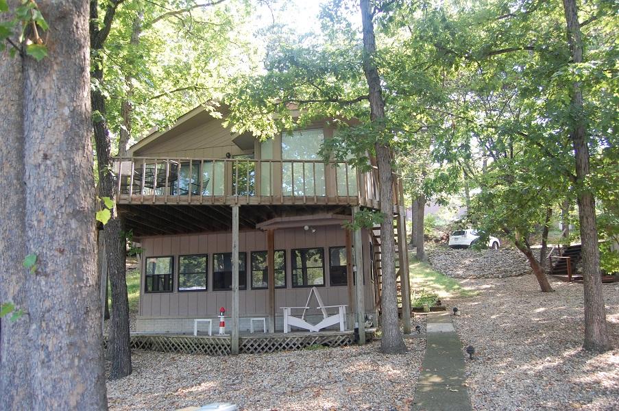 235 Rustic Woods Road, Sunrised, Missouri 65079