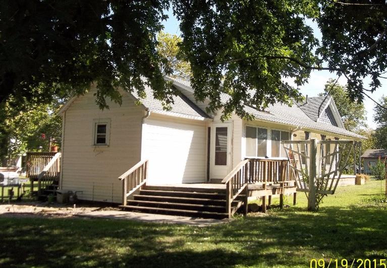 402 Elm Street, Mccune, Kansas 66753