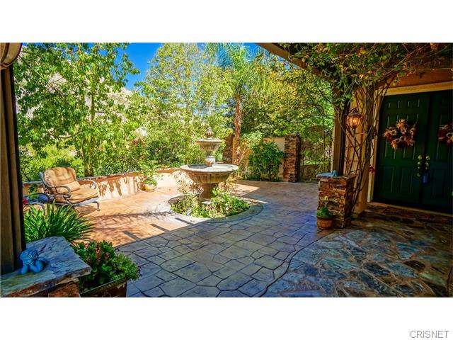 17004 CREST HEIGHTS, Canyon Country, California 91387