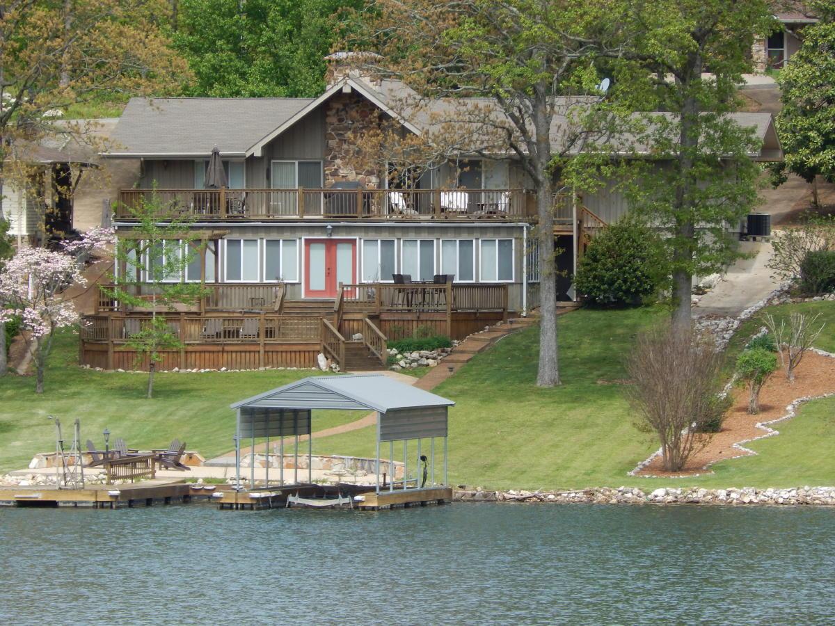 22 Winnebago Circle, Cherokee Village, Arkansas 72529