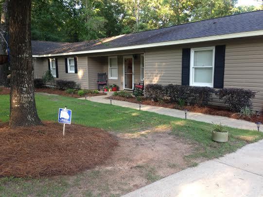213 Holmes, Newton, Alabama 36352