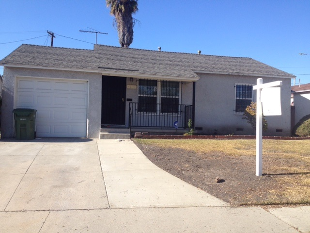 2213 N. Slater Ave, Compton, California 90222