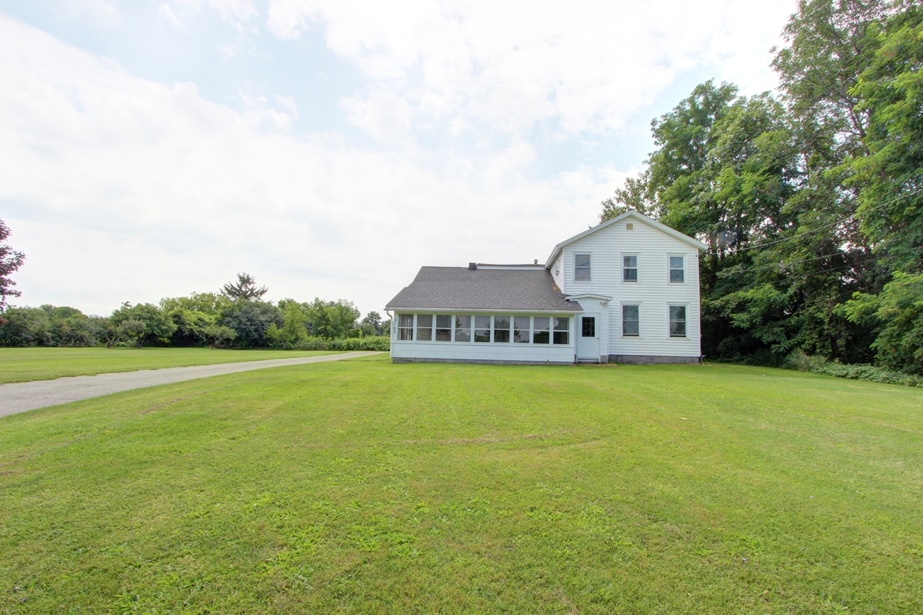 2165 State Route 96, Phelps, New York 14532