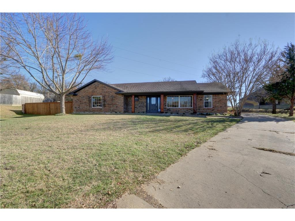 106 Oakwood PL, Joshua, Texas 76058