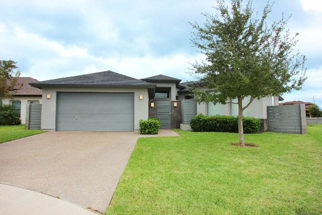 2933 Mehlhorn, Laredo, Texas 78045