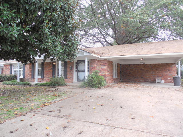 703 S ROSELAWN, West Memphis, Arkansas 72301