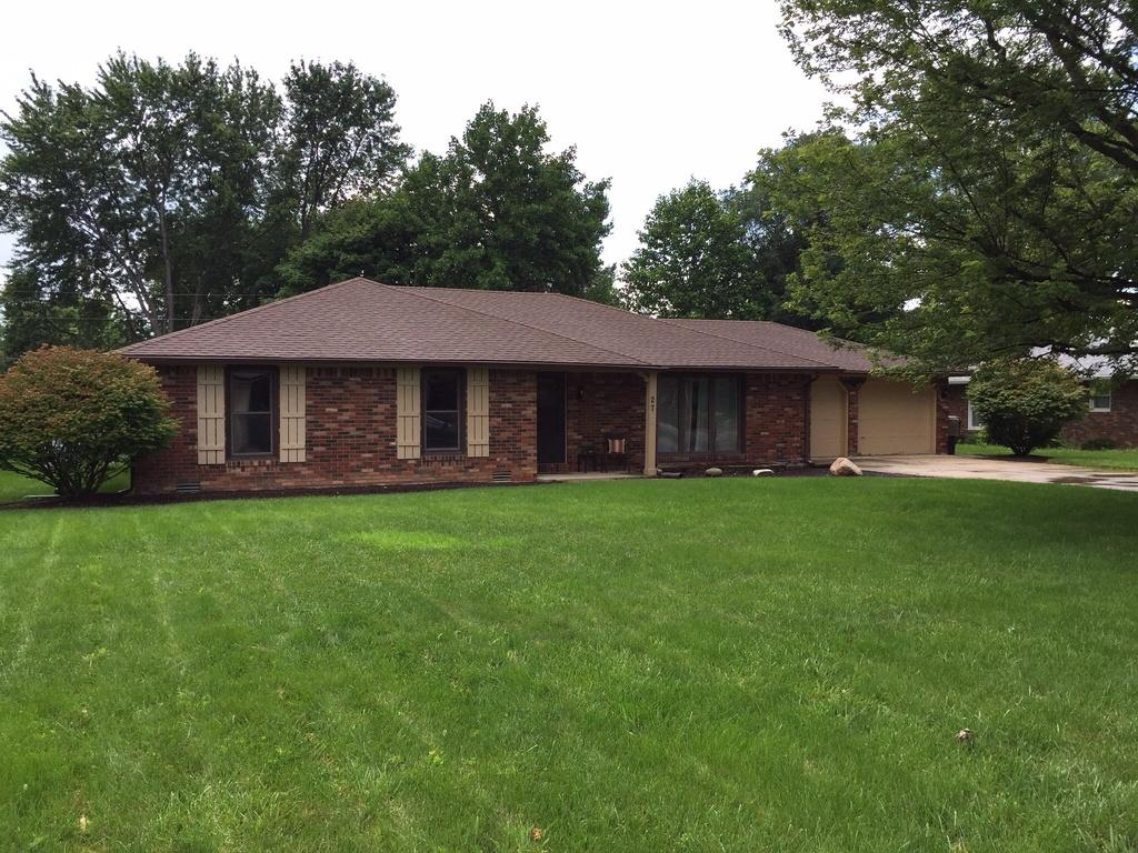 27 S. Roby Dr., Anderson, IN 46012