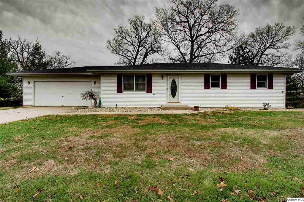 1477 North, Fowler, Illinois 62338