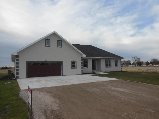 3414 APPALOSSA DRIVE, North Platte, Nebraska 69101