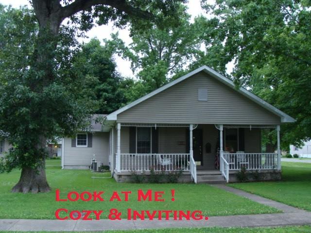 103 S. Jackson, Hurst, Illinois 62949