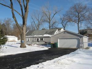 35 S Lake Ave, Fox Lake, Illinois 60020