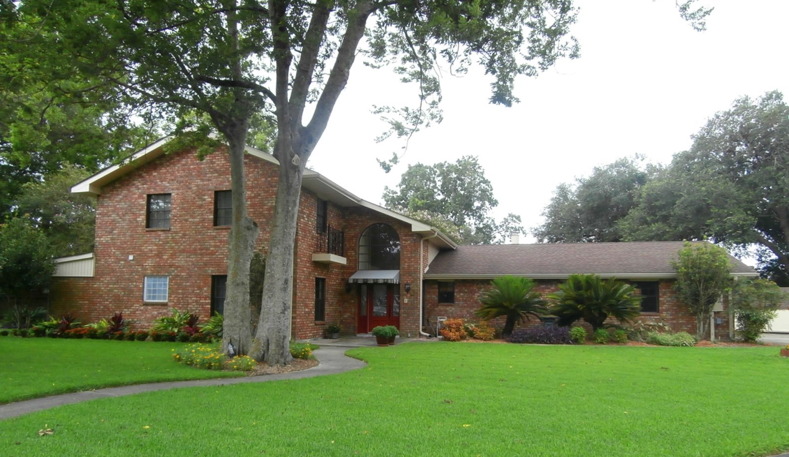 106 ROSE MANOR COURT, Belle Chasse, Louisiana 70037