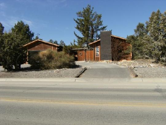 5701 Foothills Drive, Farmington, New Mexico 87402