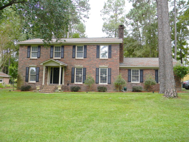 209 Pinehurst, Dothan, Alabama 36303