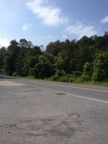 Lively Street, Fayetteville, West Virginia 25840
