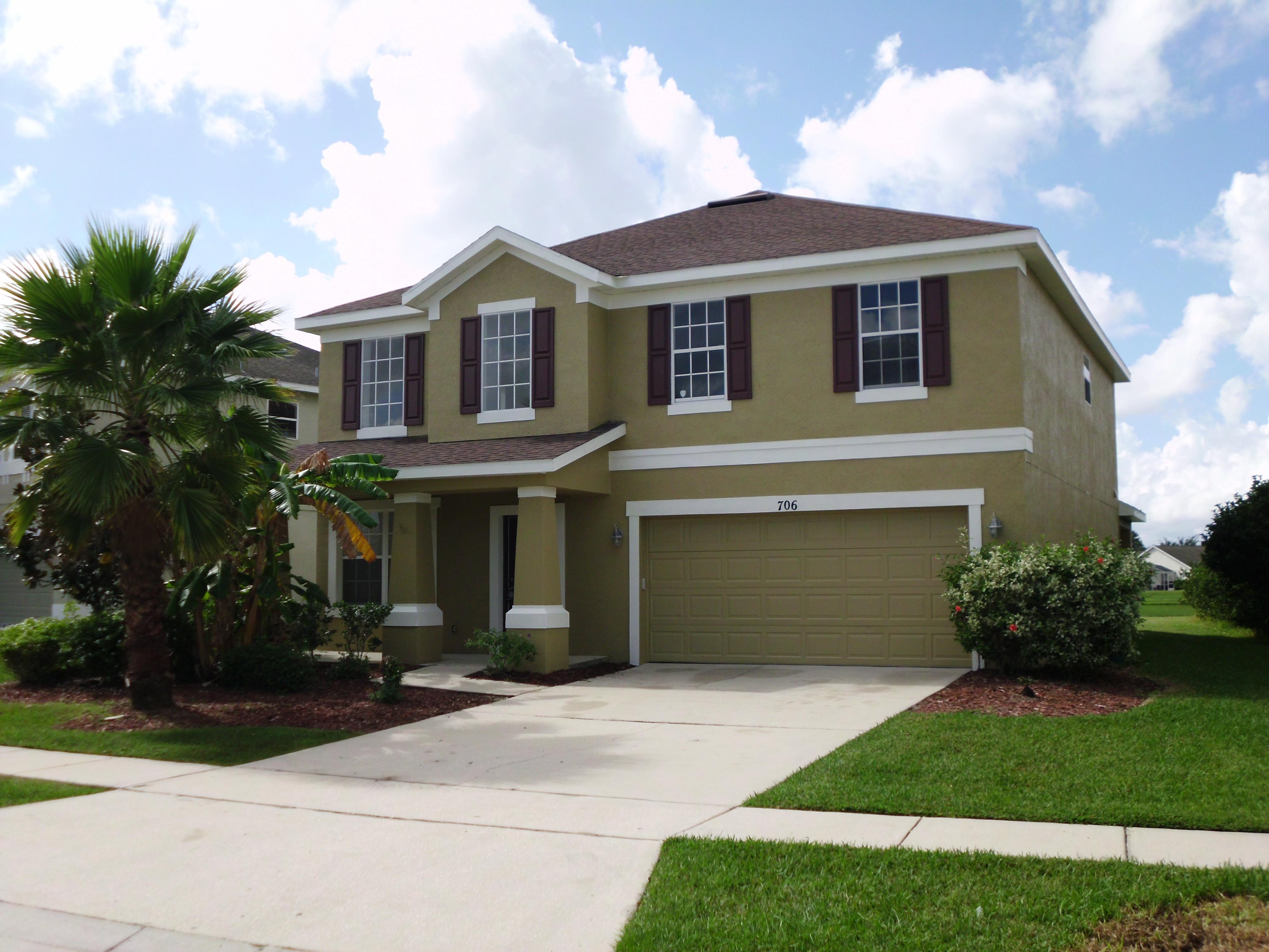 706 Stonewyk Way, Kissimmee, Florida 34744