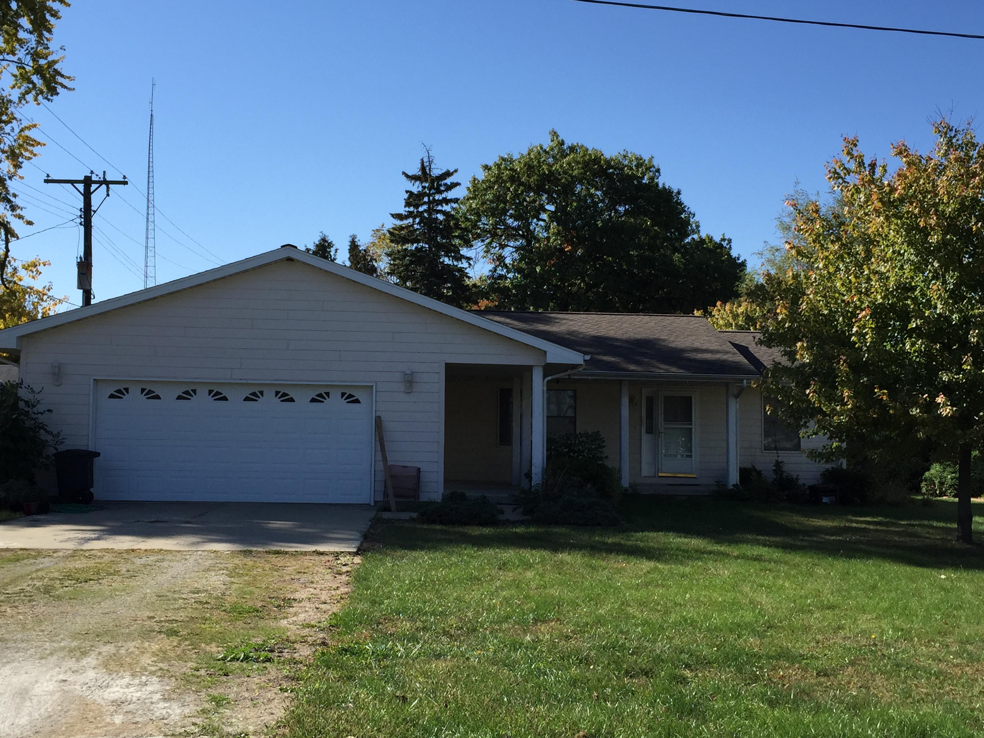 110 W Walnut, Paxton, Illinois 60957