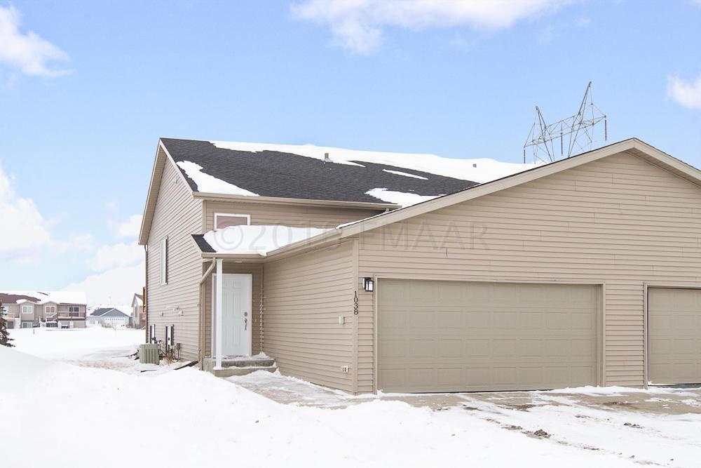 1038 38 1/2 Ave W, West Fargo, North Dakota 58078