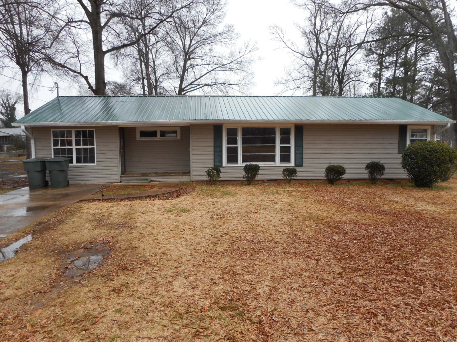 905 GARDEN DRIVE, Scottsboro, Alabama 35768