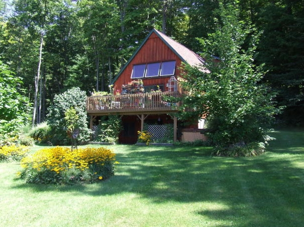 2747 E East Lake Road, New Milford, Pennsylvania 18834