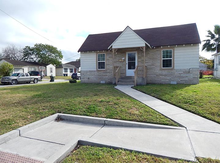 4718 EASTER, Corpus Christi, Texas 78415