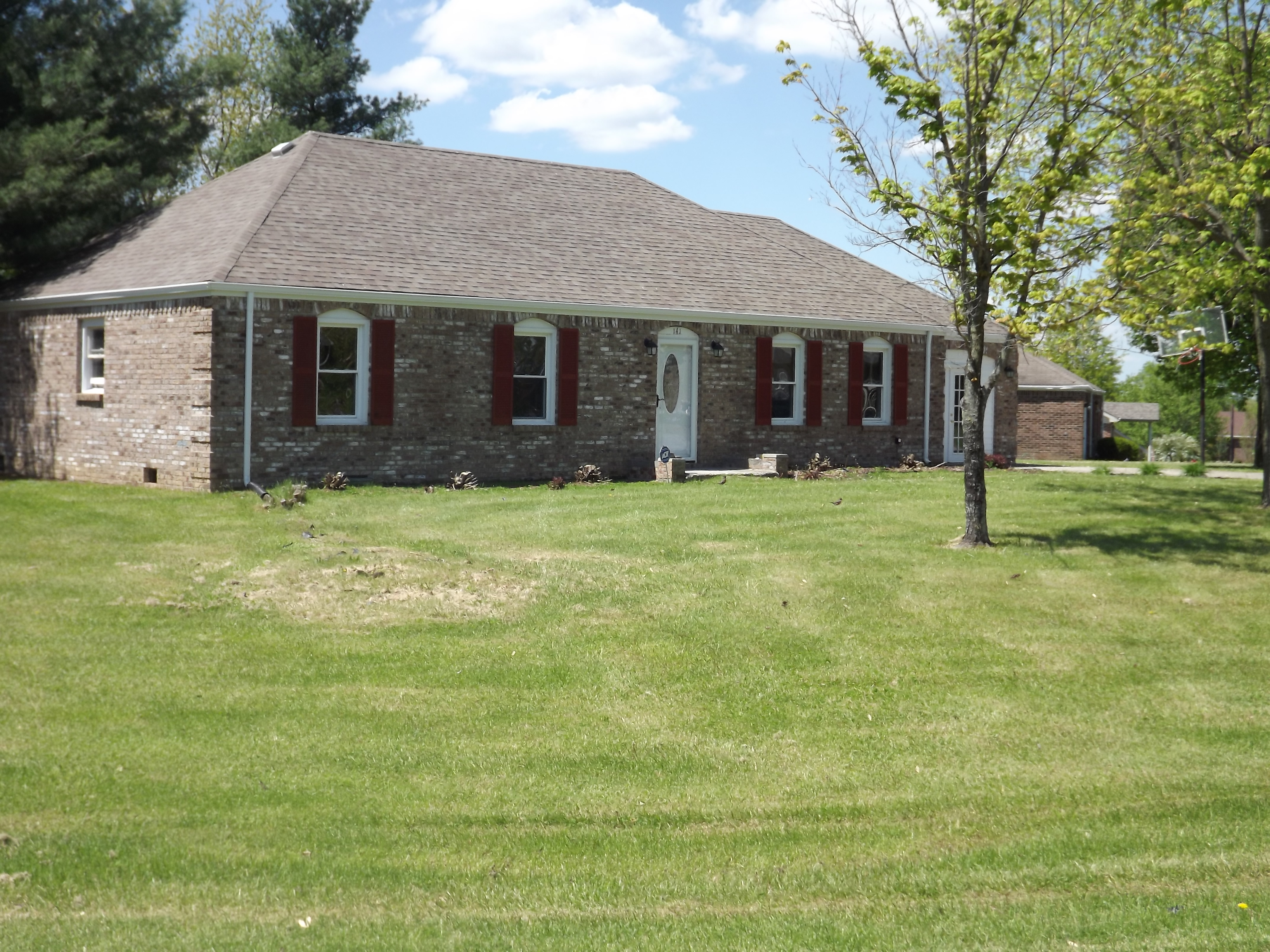 141 Southern Dr, Perryville, KY 40468