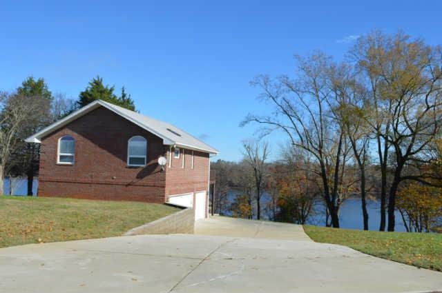 11 Narrows Dr., Winchester, Tennessee 37398