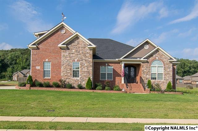 2008 Meadow Creek Circle, Owens Cross Roads, Alabama 35763