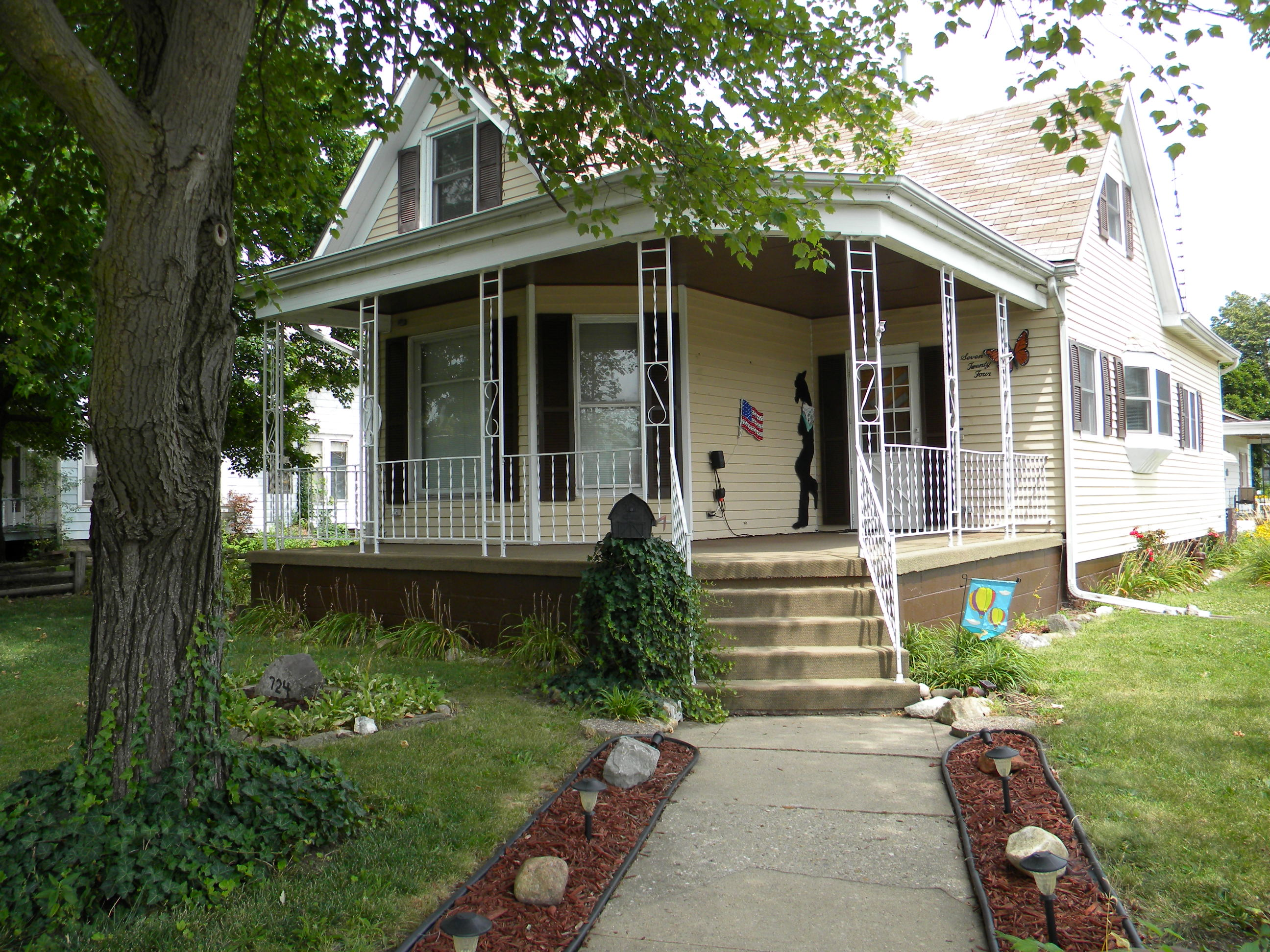 724 Tremont Street, Lincoln, Illinois 62656