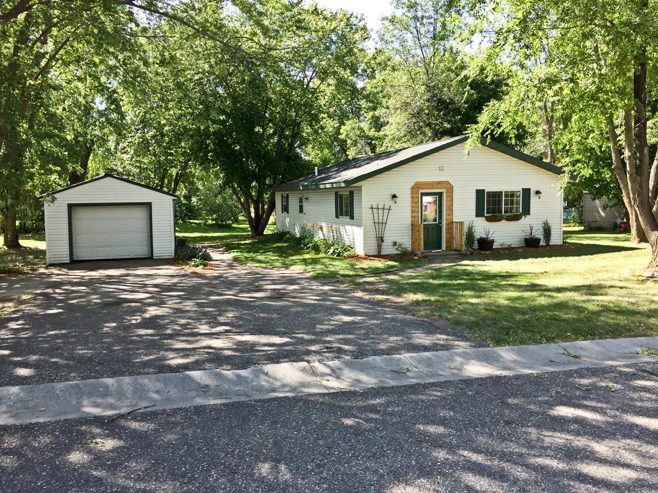 315 Muyers Ave, Carlos, Minnesota 56319