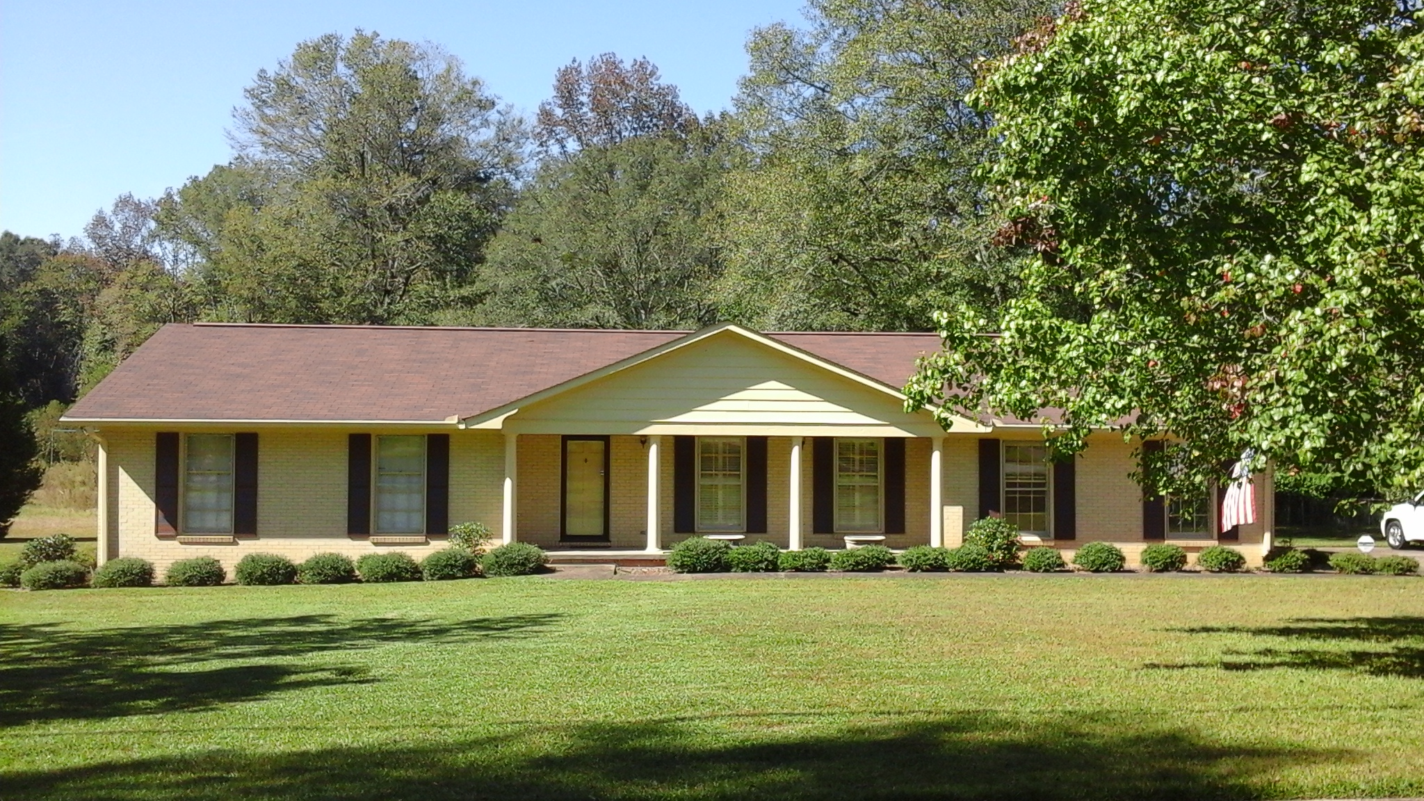 1006 South 13th Ave, Lanett, AL 36863
