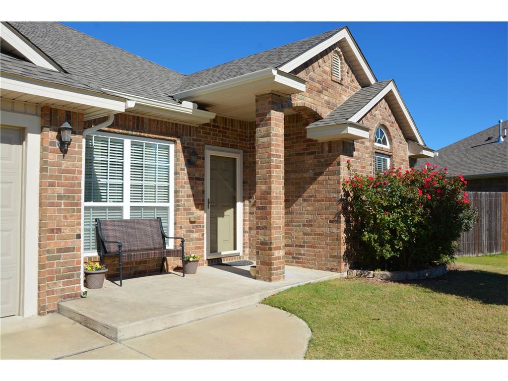 621 Sally Ct, Moore, Oklahoma 73160