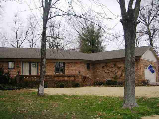 1517 Holt Road, Paducah, Kentucky 42001
