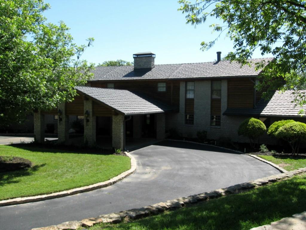 65 Oak Hill Circle, Brownwood, Texas 76801