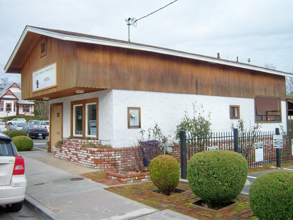 38 Wood Street, Willits, California 95490