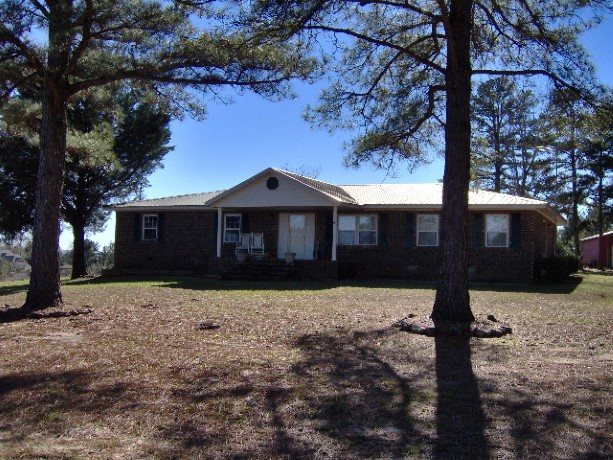 518 Highway 51 N., Clayton, Alabama 36016