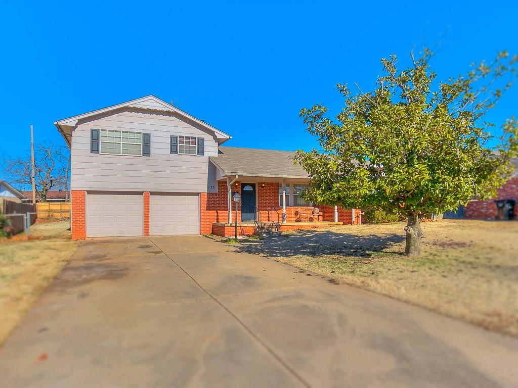 133 Brookside Drive, Moore, Oklahoma 73160