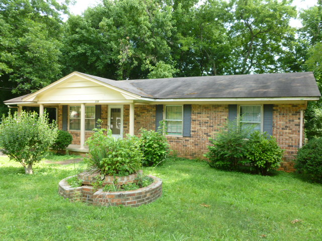 219 Orange Street, Scottsboro, Alabama 35768