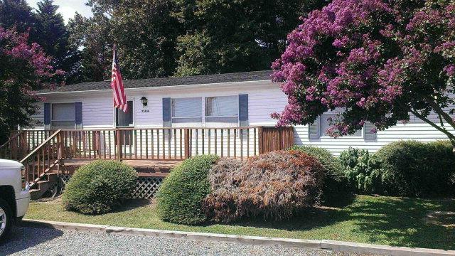 21434 Adams Rd, Greenbush, Virginia 23357