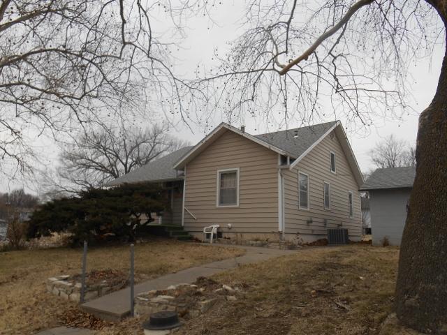 801 Lakeside, Wakefield, Kansas 67487