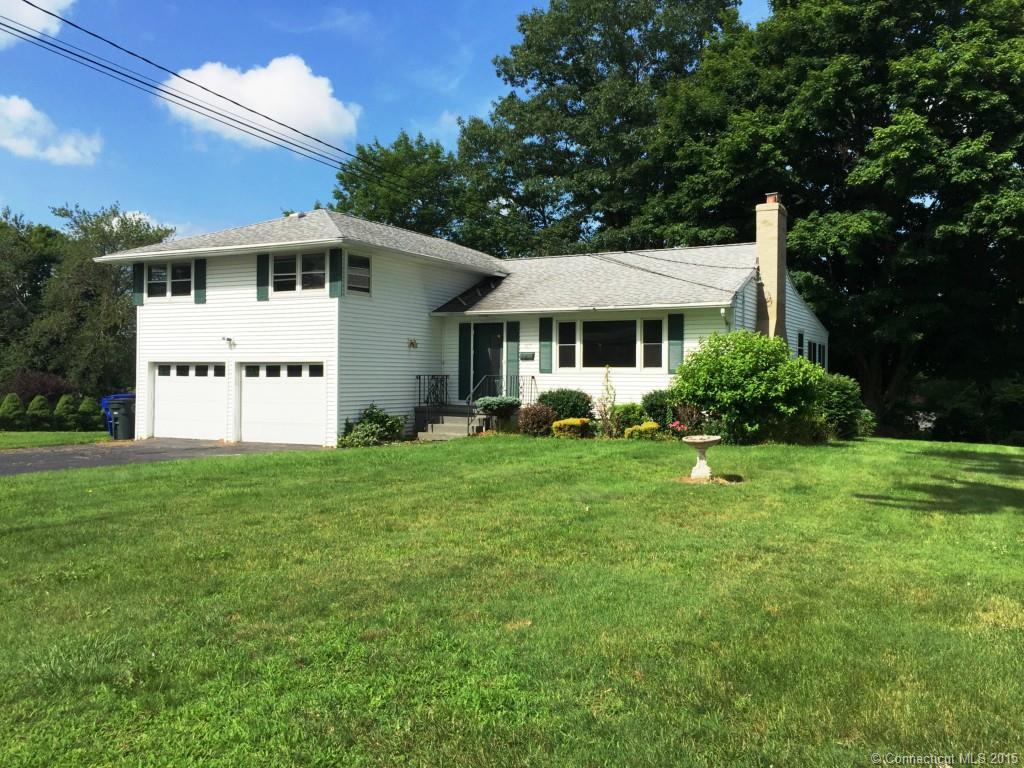 162 Fairlawn Dr, Torrington, Connecticut 06790
