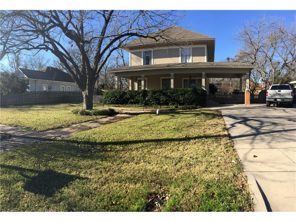 504 S Walut St, Cleburne, Texas 76033