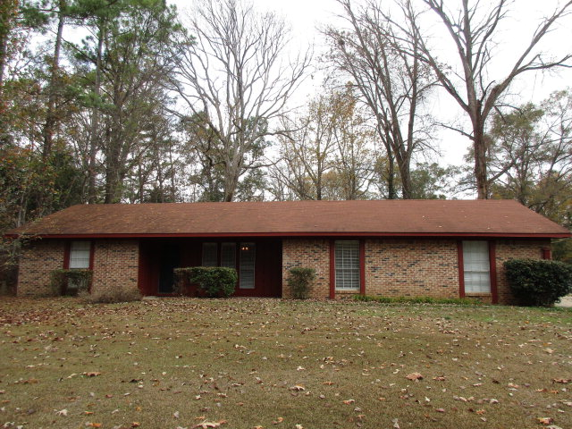 6213 Indiana Avenue, Vicksburg, MS 39180