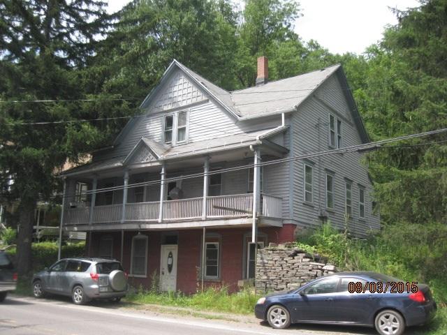 706 Rt 6, White Mills, Pennsylvania 18473