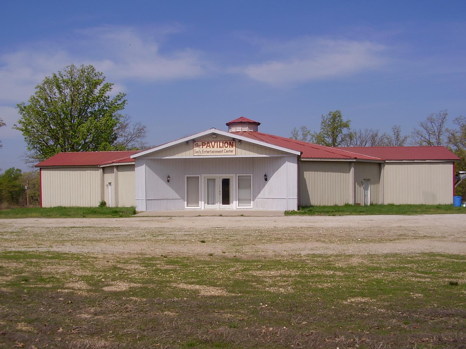 52 Pavilion Circle, Macks Creek, Missouri 65786