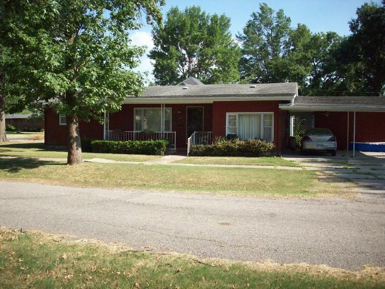 201 W. Girard, Erie, Kansas 66733