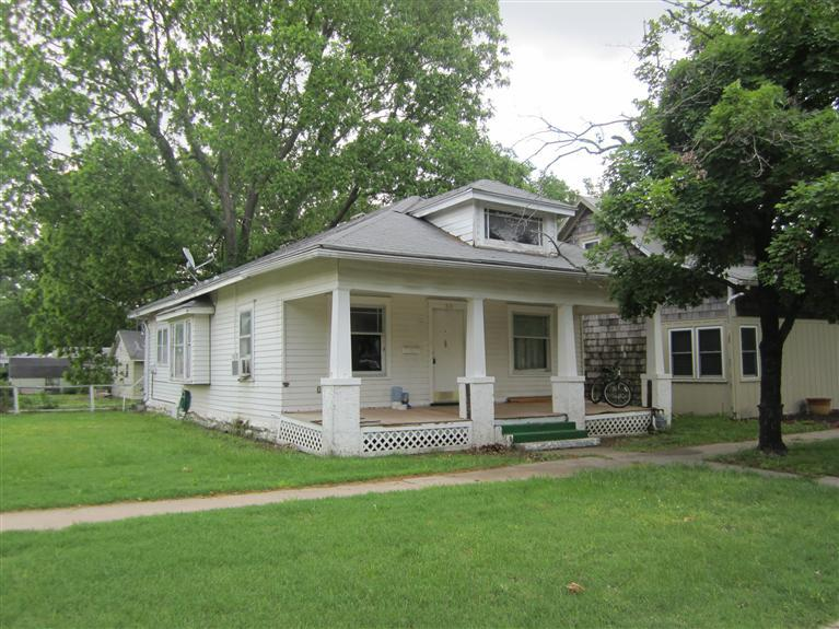 313 S 8th, Neodesha, Kansas 66757
